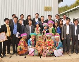 Vietcombank tặng Nhà ở nội trú và 100 suất học bổng cho Trường THCS Mường Lý (Thanh Hóa)