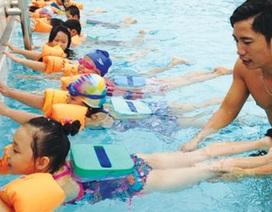 Nên cho trẻ học bơi vào thời điểm nào?