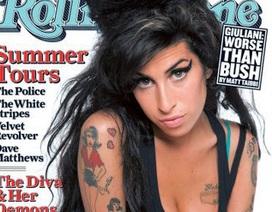 """Ngành công nghiệp giải trí có """"tội"""" trong cái chết của Amy Winehouse?"""