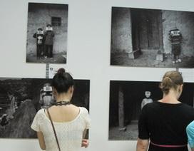 Bạn trẻ Hà nội hứng thú với triển lãm nghệ thuật MTV Exit