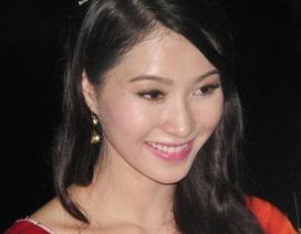 """Hoa hậu Đặng Thu Thảo lên tiếng về """"lùm xùm"""" quanh trình độ học vấn"""