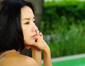 Hậu tin đồn ly dị, Đổng Khiết hát nhạc buồn