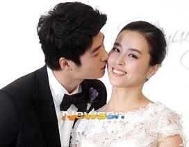 """""""Công chúa"""" Han Hye Jin rạng ngời tại đám cưới"""