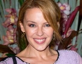 """Kylie Minogue vui sống sau khi chia tay """"phi công trẻ"""""""