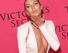 """Mặc táo bạo như các """"thiên thần"""" Victoria's Secret"""