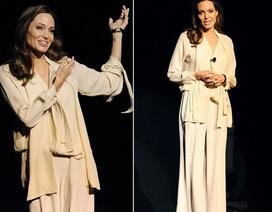 Trước ca phẫu thuật mới, Angelina Jolie gầy trơ xương