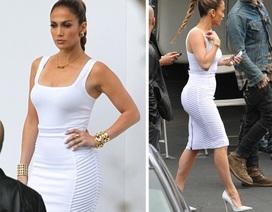 Jennifer Lopez khoe dáng săn chắc trong chiếc váy trắng bó sát