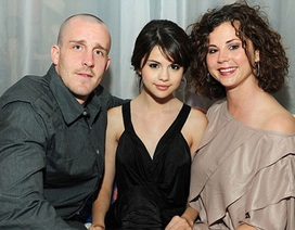 Selena Gomez sa thải mẹ ruột