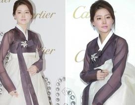 """""""Nàng Dae Jang Geum"""" diện hanbok cực xinh tại Hồng Kông"""