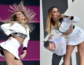 Cheryl Cole diện váy ngắn nhảy cuồng nhiệt trên sân khấu