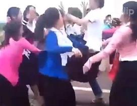 Xôn xao clip nữ sinh dân tộc hỗn chiến trên đường quốc lộ