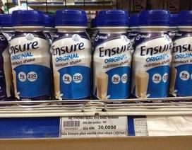 """Quản lý Thị trường """"đau đầu"""" xử lý sữa Ensure nước sau tịch thu"""
