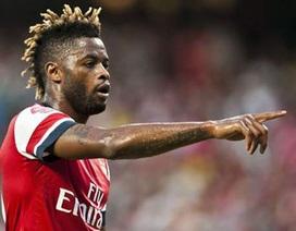 Arsenal sắp bán nốt Alex Song cho Barcelona