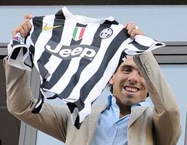Rời Man City, Carlos Tevez chính thức cập bến Juventus