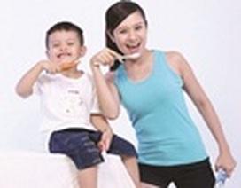 Cùng mẹ con Thanh Thúy cam kết chải răng sáng tối với P/S