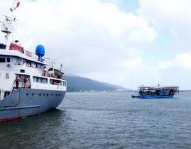 Tàu cá hỏng máy, 31 ngư dân đang trôi dạt