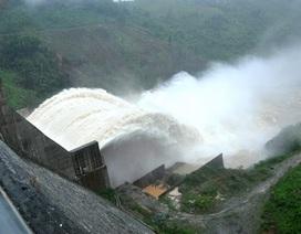Tin đồn vỡ đập thủy điện: Dân không hoảng loạn mới lạ!
