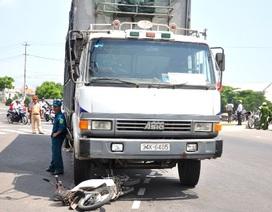 Bảo vệ một trường ĐH bị xe tải tông tử vong
