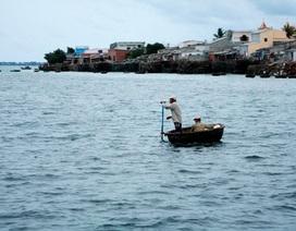 Người dân đảo Lý Sơn hốt hoảng chạy trốn vì tin đồn sóng thần