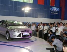 Thị trường ô tô trong nước nhích nhẹ nhờ hiệu ứng triển lãm