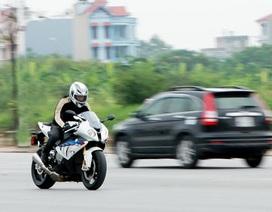 Khám phá siêu môtô BMW S1000RR 2013