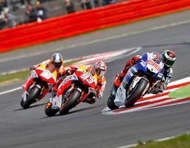 Giải MotoGP 2013 bước vào giai đoạn khốc liệt