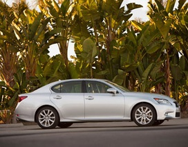 Mẫu Lexus GS đầu tiên dùng hộp số tự động 8 cấp mới
