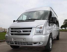 Ford Việt Nam triệu hồi Transit vì gạt nước