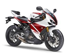 Yamaha YZF- R3 động cơ 3-xi lanh mới xuất hiện?