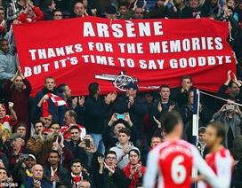 CĐV Arsenal sang Thổ Nhĩ Kỳ đòi Wenger từ chức