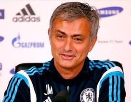 """Mourinho: """"MU vẫn sáng cửa vô địch"""""""
