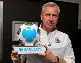 Van Gaal vẫn hụt giải xuất sắc nhất tháng 11