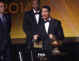 Hạnh phúc ngập tràn của C.Ronaldo khi nhận Quả bóng vàng