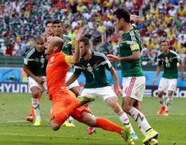 """C.Ronaldo tranh giải """"Vua ăn vạ"""" với Robben"""