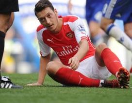 """Mesut Ozil: Từ niềm hy vọng tới """"người thừa"""" của Arsenal"""