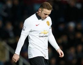 """Van Gaal sẽ """"trả lại"""" Rooney vị trí tiền đạo"""