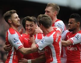 Hàng loạt siêu phẩm của Arsenal vào lưới Liverpool