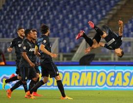 Inter Milan giành chiến thắng trước 9 người của Lazio