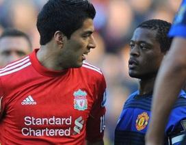 Evra hứa sẽ bắt tay Suarez