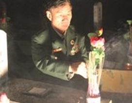 Dâng hương, dâng hoa tri ân các anh hùng liệt sĩ