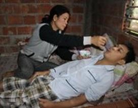 Mẹ bị ung thư, con trai cũng lay lắt chờ chết vì bệnh suy thận
