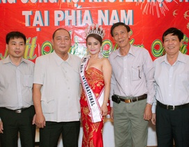 Hoa hậu Elizabeth Bích Liên chúc mừng Hội Khuyến học