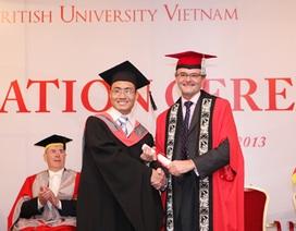 20 sinh viên tốt nghiệp ĐH Anh Quốc Việt Nam sau 3 năm