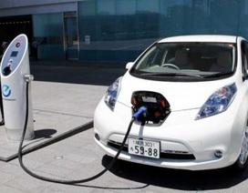 Nissan nghiên cứu hệ thống sạc pin bằng năng lượng mặt trời