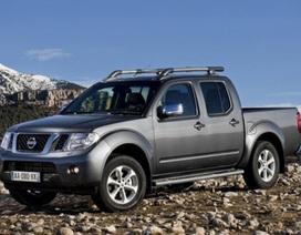 Mitsubishi sẽ lắp ráp xe Nissan Navara