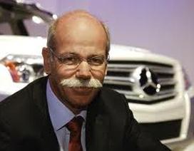 Lãi lớn, Daimler vẫn giảm thưởng lãnh đạo