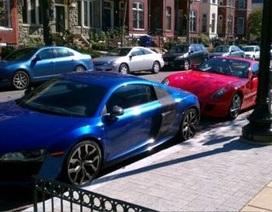 Choáng ngợp trước bãi đậu xe của sinh viên nhà giàu ở Mỹ