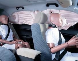 Mỹ điều tra nguy cơ túi khí bên của ô tô không bung