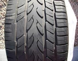 5 dấu hiệu cần thay lốp