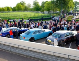 Rolls-Royce tưng bừng kỷ niệm 110 năm thành lập